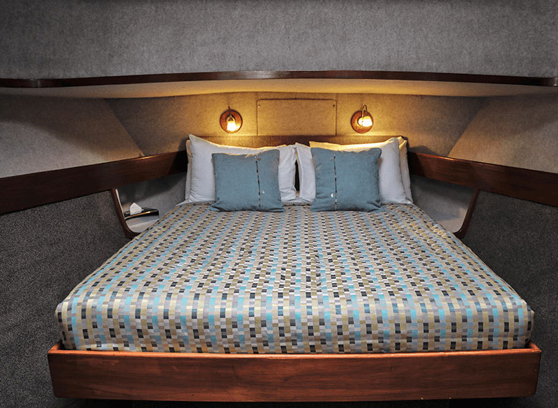 Master Suite cabin with large double bed onboard the Southern Secret Doubtful Sound overnight cruise.
